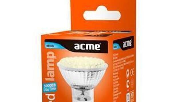 Obývací pokoj, bodové osvětlení stropní, 4 ks žárovek 15W patice GU10, doba svícení 4 hodiny;  Komentář: LED zdroj, teplé bílé světlo, nejefektivnější úspora právě u bodovek; Doporučení: LED žárovka ACME 3W GU10 2700-3300K, 229 Kč ;  http://www.esvetlo...