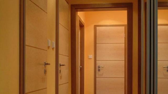 Takhle se dá spojit design vchodových dveří s ostatními v interiéru