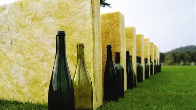 Recyklované sklo se využívá při výrobě tepelné izolace ze skelných vláken