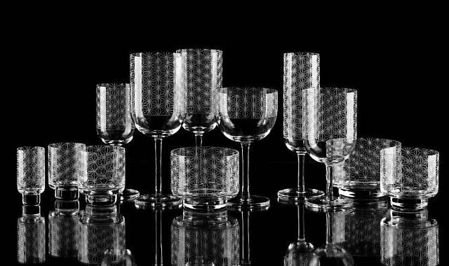 Nápojové broušené sklo od Jiřího Pelcla