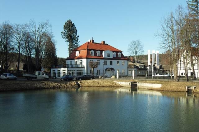 Dwor Oliwski, kde bydlí Němci