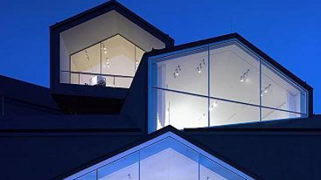 Ultramoderní vila architektů Herzoga a de Meurona v německém Weil am Rhein