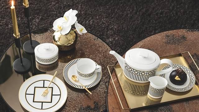 Kostní porcelán zdobený 20karátovým zlatem kolekce MetroChic značkyVilleroy & Bochzaujme geometrickým dekorem.
