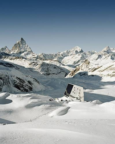 Nová chata Monte Rosa, Zermatt, Valentin Bearth, Andrea Deplazes a Daniel Ladner (Bearth & Deplazes Architekten AG ), 2009, foto © Tonatiuh Ambrosetti