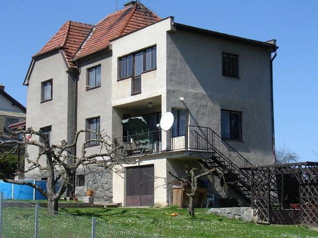 Komunistické architektonické skvosty 3