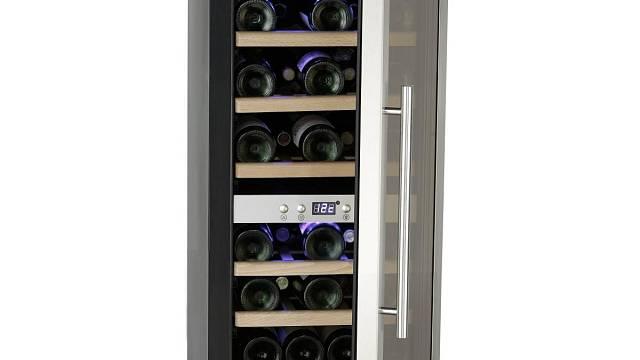 Pro dobře vychlazené víno je zapotřebí buď velký suchý sklep nebo elektronická vinotéka.