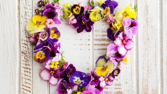 velikonocni dekorace kvety