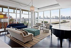 Prosklený byt, kde bydlela Natalie Portman je na prodej