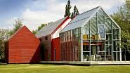 Sliding house aneb dům se stahovací střechou