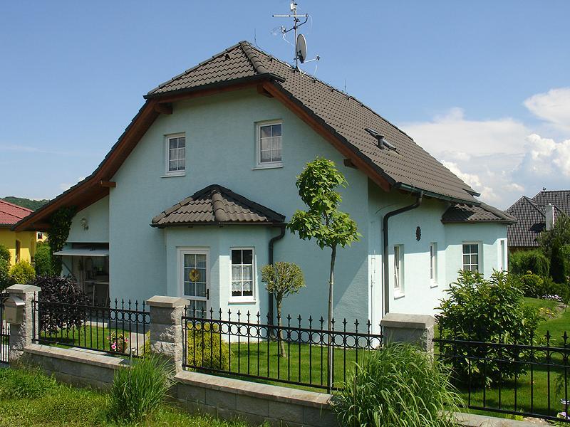 Dům a zahrada - Rodinné domy
