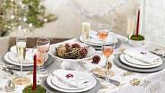 Bílá a zlatá, barvy dokonalosti, luxusu a čistoty. S takovouto tabulí se budete cítit jako na zámku.