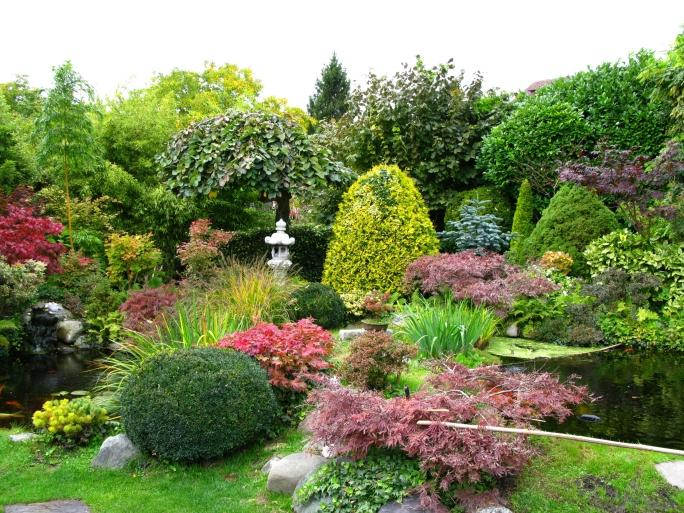 Japonsk zahrada d m a zahrada bydlen je hra for Formal japanese garden