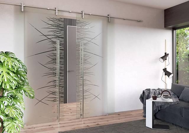 Celoskleněné dveře pískované, posuvný systém Rollo