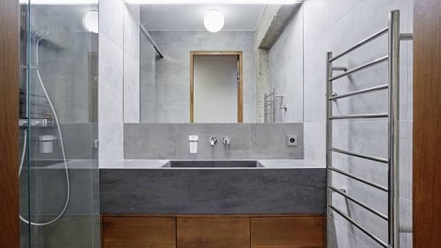 Vítěz kategorie Rekonstrukce: panelový byt téměř jako loft