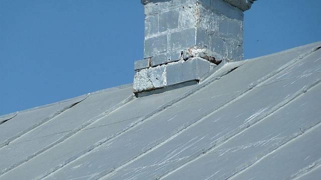 Stará hliníková střecha