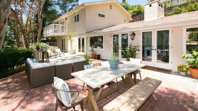 Herec Vince Vaughn prodává tento dům v Hollywood Hills