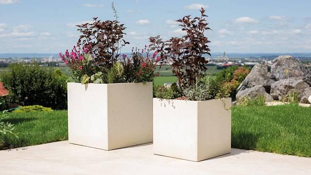Novinka 2021 - Květináče LITE CUBE z odlehčeného betonu