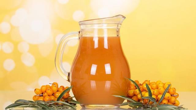 Rakytníkový mošt je obrovským zdrojem koncentrovaného vitamínu C.