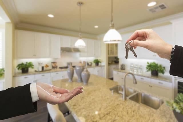 Finančně schůdnější variantou bydlení může být pronájem.