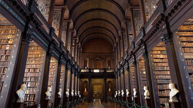 Trinity College Library v Dublinu