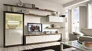 Kombinace korpusů z ušlechtilého dřeva a bíle lakovaných dvířek je nadčasově elegantní. Půvab takto koncipovaného nábytku se časem nemění a kromě toho je v interiéru extrémně přizpůsobivý mnoha barevným koncepcím. Variabilní nábytkovou řadu Xelo prodá...