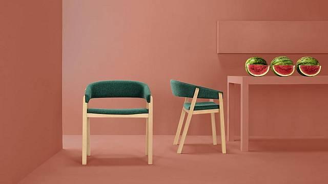 Modení nábytek