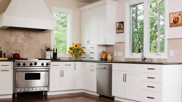 Jak správně čistit domácí spotřebiče v kuchyni?