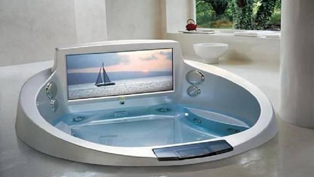 už i ve vaně je možné sledovat televizi.