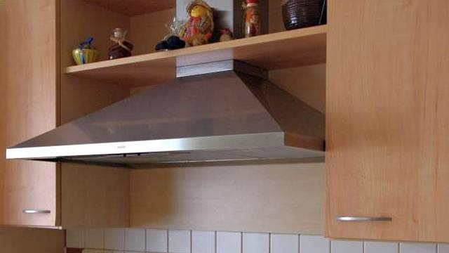 Kuchyně se zděnou spíží 7