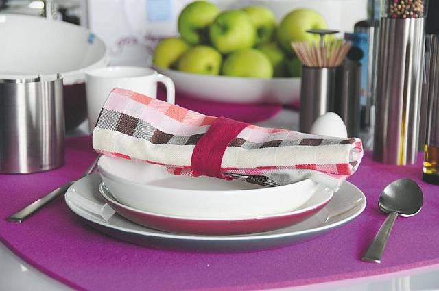Jídelní set Get Together značky Brabantia ve fialovém provedení Autor: Brabantia Zdroj: ASPEN PR, oficiální zdroj