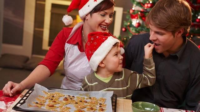Děti a vánoční pečení