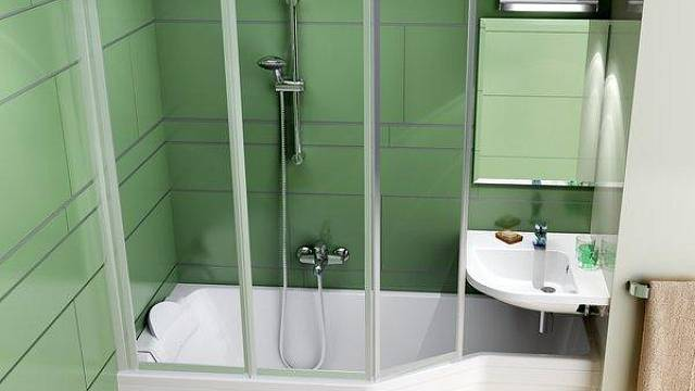 Skvělé řešení pro malou koupelnu, pokud si chcete dopřát radost z koupání. Asymetrická vana Be Happy od firmy Ravak.