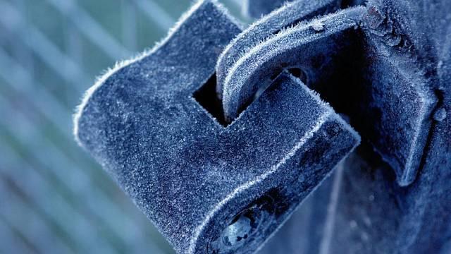 Zamrzlý zámek