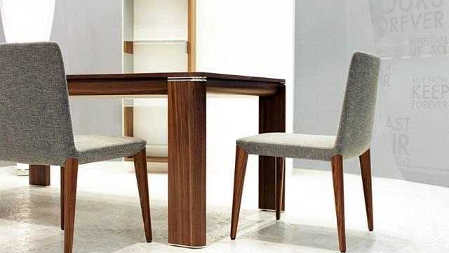 Jídelní stoly a židle 3