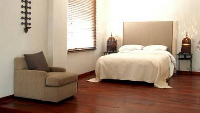 Podlaha ze dřeva merbau / www.podlahove-studio.com