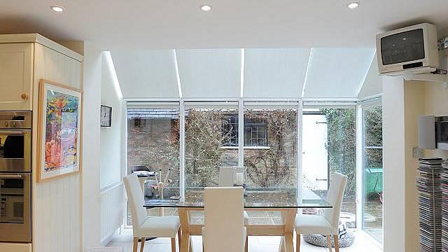 Interiér domu britského muzikanta Bruce Foxton