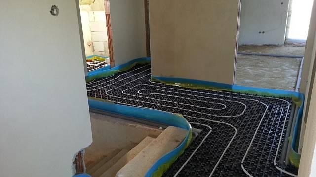 Podlahy připravené k vylití
