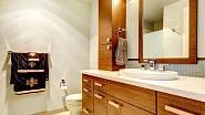Dřevěné prvky v koupelně