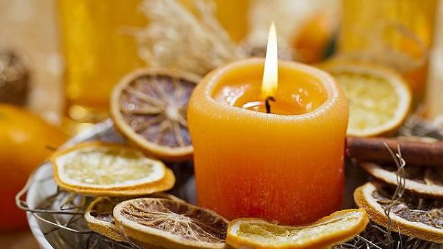 Pomerančový svícen