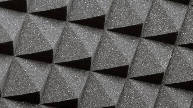 Speciální desky se používají jen tam, kde je potřeba utlumit opravdu velký hluk