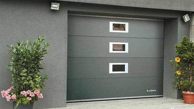 Montáž nových garážových vrat může být lepším řešením, než náročná oprava.