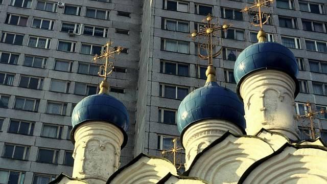 Rozdíly mezi českým a ruským trhem s realitami jsou velké. V Rusku třeba víc než třetina lidí bydlí v nájemních bytech, protože na vlastní byt prostě nemá.