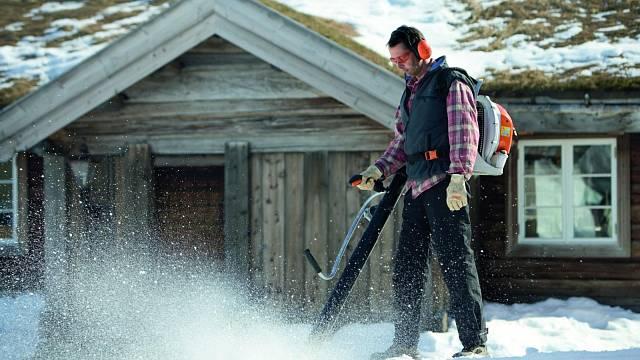 Foukač se může využít i na sníh