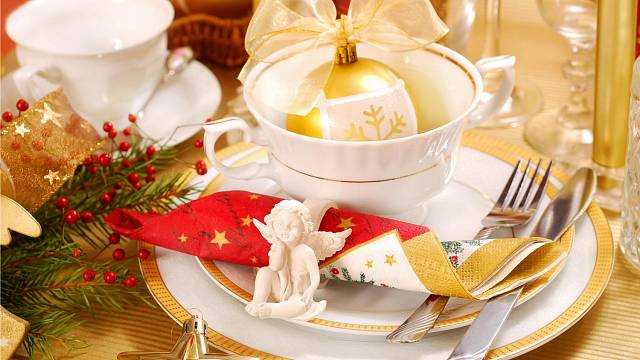 Vánoční výzdoba stolu 13