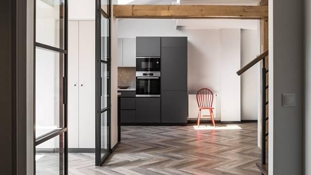 Vítěz kategorie Interiér roku - Velux: půdní byt na Starém Městě
