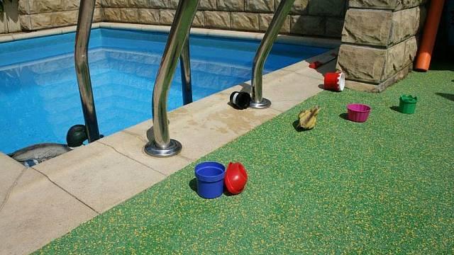 Elastický protiskluzový povrch PoolSoft