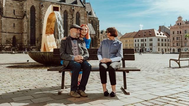 Podzimní Plzeň vítá návštěvníky.