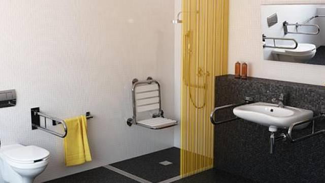 Bezbariérová koupelna - www.amv-nopa.cz