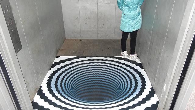 Jeli byste takovým výtahem?
