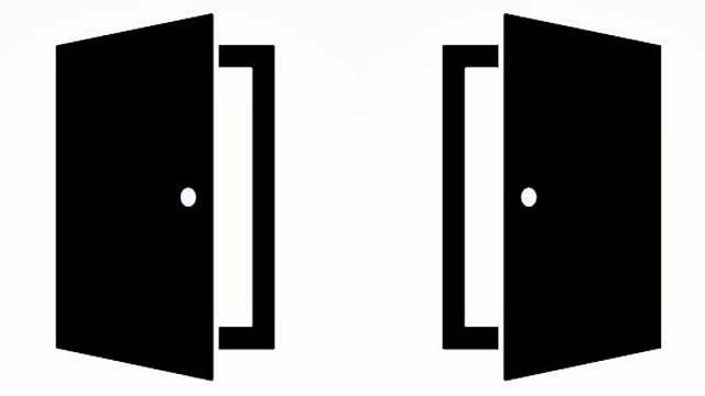 Dveře levé (vlevo) a dveře pravé